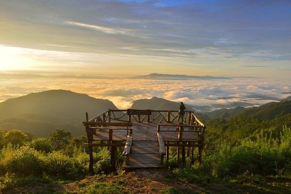 Thailand-travel-guide-sunrise-sunset viewpoint-Doi-Ang-Khang-Chiang-Mai-Thailand